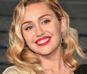 """Miley Cyrus está sendo processada por suposto plágio na música """"We Can't Stop"""""""