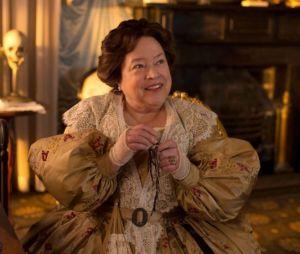 """Em """"American Horror Story"""": Kathy Bates retorna para a 8ª temporada!"""
