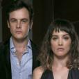 """Em """"O Outro Lado do Paraíso"""": Gael (Sergio Guizé) procura Patrick (Thiago Fragoso) para ajudar Clara (Bianca Bin) a prenderSophia (Marieta Severo)"""