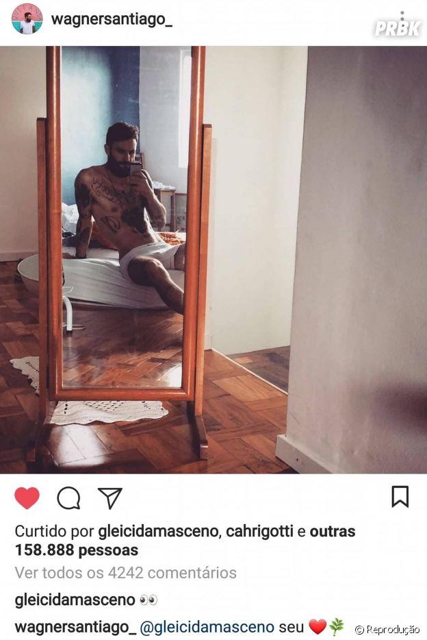 Ex-BBB Wagner posta foto ousada e Gleici, sua namorada, comenta