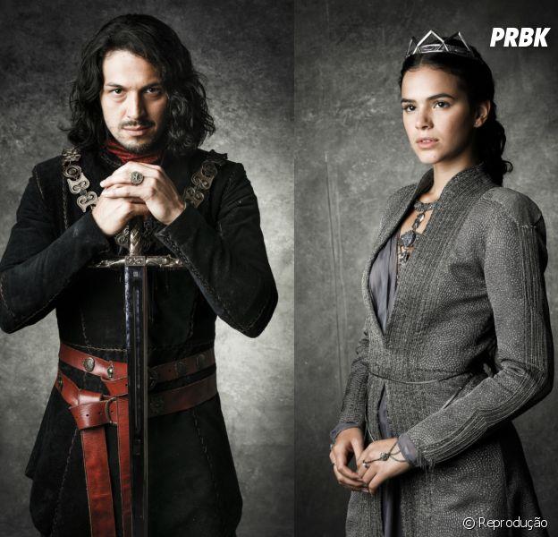 """Em """"Deus Salve o Rei"""", Afonso (Romulo Estrela) fica chocado ao descobrir que Catarina (Bruna Marquezine) vai se casar"""