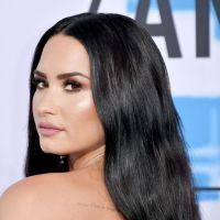 Demi Lovato adia show por motivo de saúde e dá unfollow em Nick Jonas e empresário