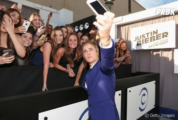 O caso de Justin Bieber x selfies dos fãs é muito conhecido