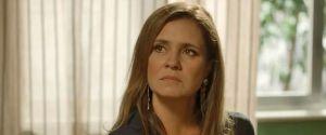 """Laureta revela que Karola é fruto de um estupro em """"Segundo Sol"""" e faz chantagem"""
