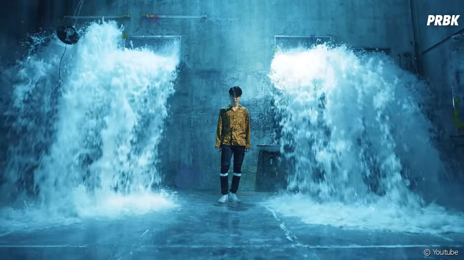"BTS e Steve Aoki cantam ""Waste It One"""