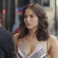 "Final ""Segundo Sol"": Rosa (Letícia Colin) descobre esconderijo de Laureta (Adriana Esteves) e liga para a polícia"
