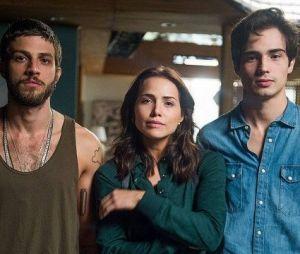 "Final ""Segundo Sol"": Karola (Deborah Secco) deixa Valentim (Danilo Mesquita) e Ícaro (Chay Suede) escaparem durante resgate de Rosa (Letícia Colin)"