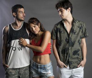 """Final """"Segundo Sol"""": Ícaro (Chay Suede) e Valentim (Danilo Mesquita) salvam Rosa (Letícia Colin) de Laureta (Adriana Esteves)"""