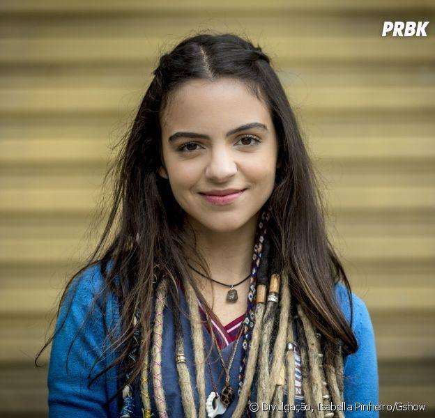 """Em """"Malhação - Vidas Brasileiras"""", doença de Amanda (Pally Siqueira) avança e estudante terá que usar cadeira de rodasEsclerose Lateral Amiotrófica"""