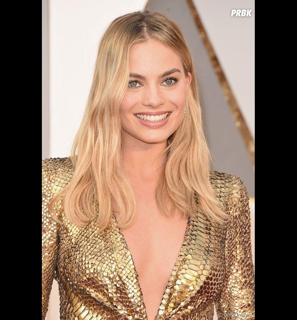 Margot Robbie é confirmada como protagonista do filme da Barbie