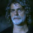 """Em """"O Sétimo Guardião"""": Murilo (Eduardo Moscovis) se livra da maldição da fonte"""