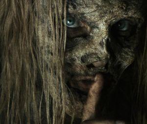 """Em """"The Walking Dead"""": primeiro minuto do retorno da 9ª temporada mostra momentos tensos!"""