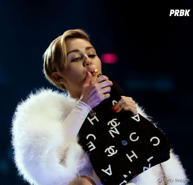 Vamos falar sobre Miley Cyrus, maconha e legalização?