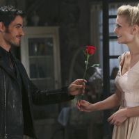 "Na 4ª temporada de ""Once Upon a Time"": Hook recupera mão e sai com Emma!"