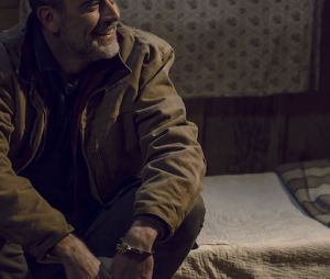 "Em ""The Walking Dead"", Negan (Jeffrey Dean Morgan) foi responsável por salvar filha de Rick (Andrew Lincoln)"