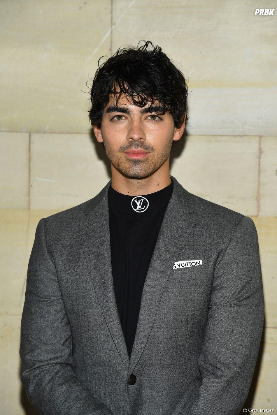 """Tudo indica que Joe Jonas sabe muita coisa sobre a temporada final de """"Game of Thrones"""""""