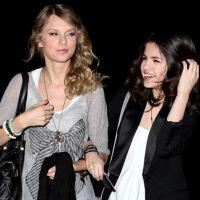 "Selena Gomez elogia a amiga Taylor Swift e seu novo álbum, ""1989""!"