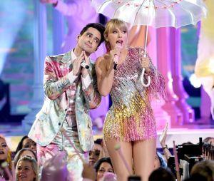 """Taylor Swiftteve Brendon Urie como parceria no seu primeiro single divulgado, """"ME!"""""""