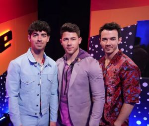 """The Voice USA"": Jonas Brothers se apresentaram na final da 16ª temporada"