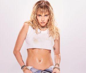 """""""She is Coming"""", novo álbum da Miley Cyrus, tem apenas 6 faixas"""