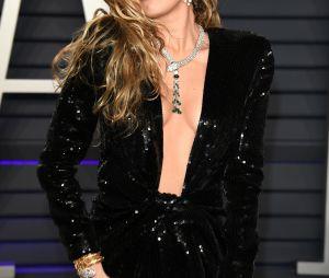 """Miley Cyrus estava divulgando o """"She is Coming"""" há semanas"""