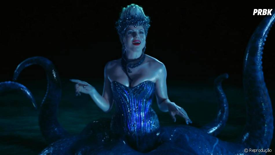 """A Úrsula (Lana Parrilla) de """"A Pequena Sereia) também mostrou sua dose de vilania em """"Once Upon a Time"""""""