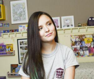 Larissa Manoela decide tomar vacina contra sarampo e mostra tudo nos Stories