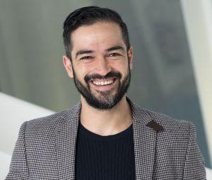 Alfonso Herrera está completando 36 anos nesta quarta (28)