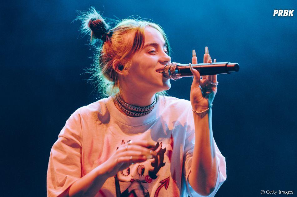 Billie Eilish diz que aprendeu a lidar com a fama e com os problemas psicológicos