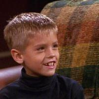 """Sim, o Cole Sprouse também está na comemoração de 25 anos de """"Friends"""""""