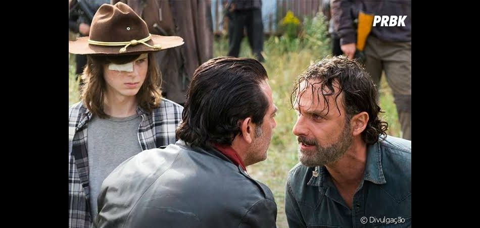 """The Walking Dead"": Carl (Chandler Riggs) deve ter morrido para ""transformar"" Rick (Andrew Lincoln) e Negan (Jeffrey Dean Morgan)"