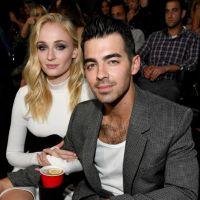 Sophie Turner revelou quais são as suas músicas favoritas dos Jonas Brothers
