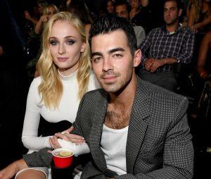 Sophie Turner revela quais são suas músicas favoritas dos Jonas Brothers