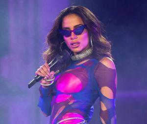 Com receio de ser criticada, Anitta diz que não vai fazer shows em live durante quarentena