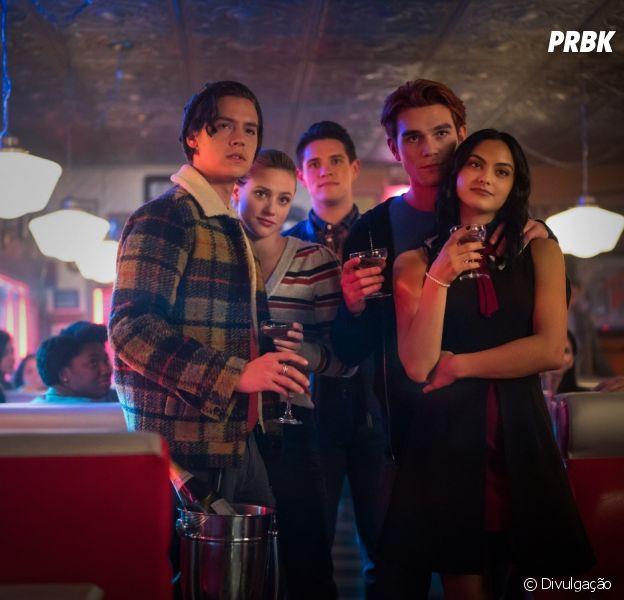 """""""Riverdale"""": saída de ator e salto temporal marcam a 5ª temporada"""