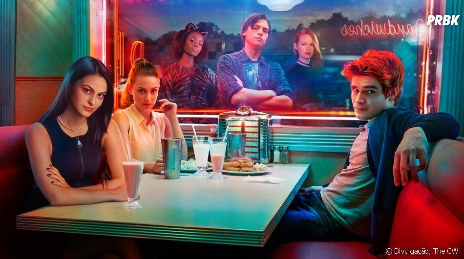 """""""Riverdale"""": ator que interpreta pai de Jughead (Cole Sprouse) explica por que saiu da série"""