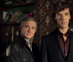 "Em ""Sherlock"": Sherlock (Benedict Cumberbatch) e Watson (Martin Freeman) tem aquela amizade clássica do mundo dos detetives"