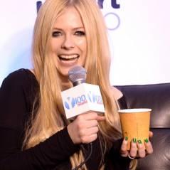 Avril Lavigne sofre de doença desconhecida e pede orações aos fãs no Twitter #OMG