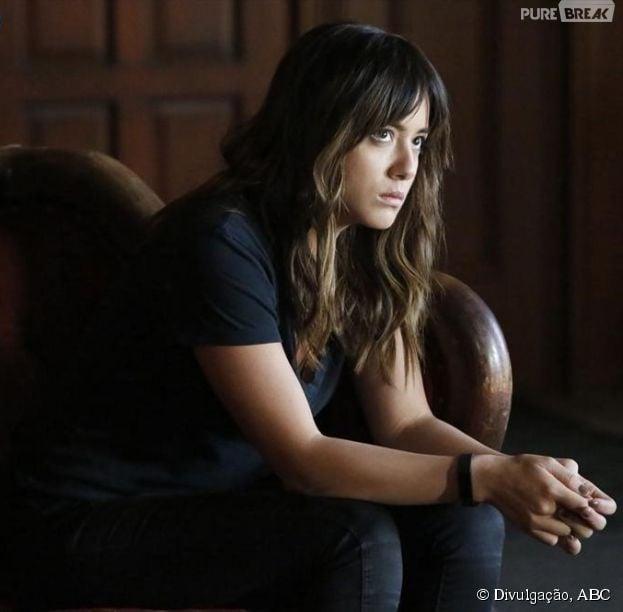 """Skye (Chloe Bennet) é uma personagem de verdade do Universo Marvel em """"Agents of S.H.I.E.L.D."""""""
