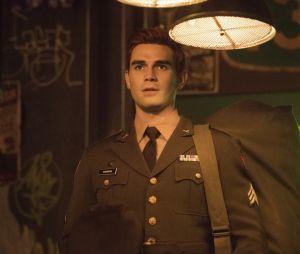 """""""Riverdale"""", 5ª temporada: Archie Andrews retorna do exército após sete anos."""