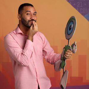 """O que você quer ver o Gilberto fazendo após o """"BBB21""""? Vote na nossa enquete!"""