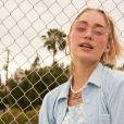Óculos colorido faz parte de nova coleção de roupas do Now United