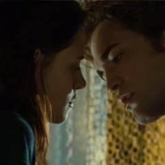Jennifer Lawrence, Kristen Stewart e mais que arrasaram nas telonas com seus beijos marcantes!