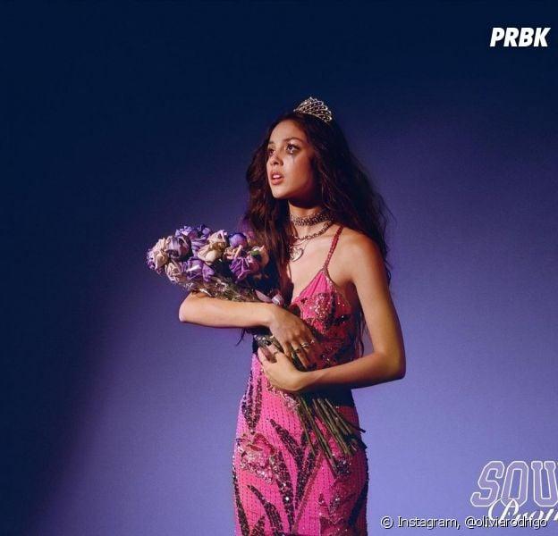 """Olivia Rodrigo: """"SOUR Prom"""" chega no Youtube brasileiro na próxima quarta-feira (30)"""