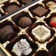 Chocolate aparece ao leite, branco, meio amargo, com caramelo e mais