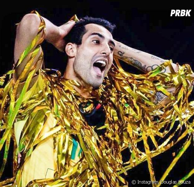 Douglas Souza, do vôlei do Brasil, vira fenômeno na internet