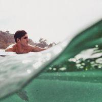 Gabriel Medina diz que seria jogador de futebol se não fosse surfista em bate-papo com internautas!