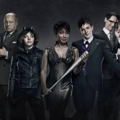 """Série """"Gotham"""" em 2015: Mulher-Gato faz dupla com Hera Venenosa e Cobblepot reúne seu exército"""