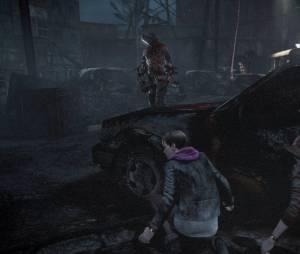 """No novo """"Resident Evil Revelations 2"""" é importante pensar e identificar a espécie antes de disparar um ataque no inimigo"""
