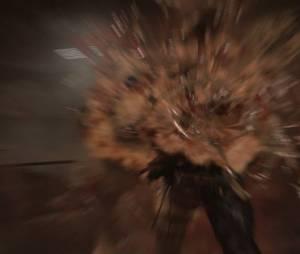 """É essencial atacar um Sloper à distância em """"Resident Evil Revelations 2"""" porque ele explode ao morrer e causa dano nos personagens"""